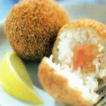Boulettes surprises de riz au saumon et au gingembre