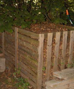 Une compostière en bois