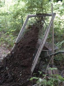 Un tamis à compost